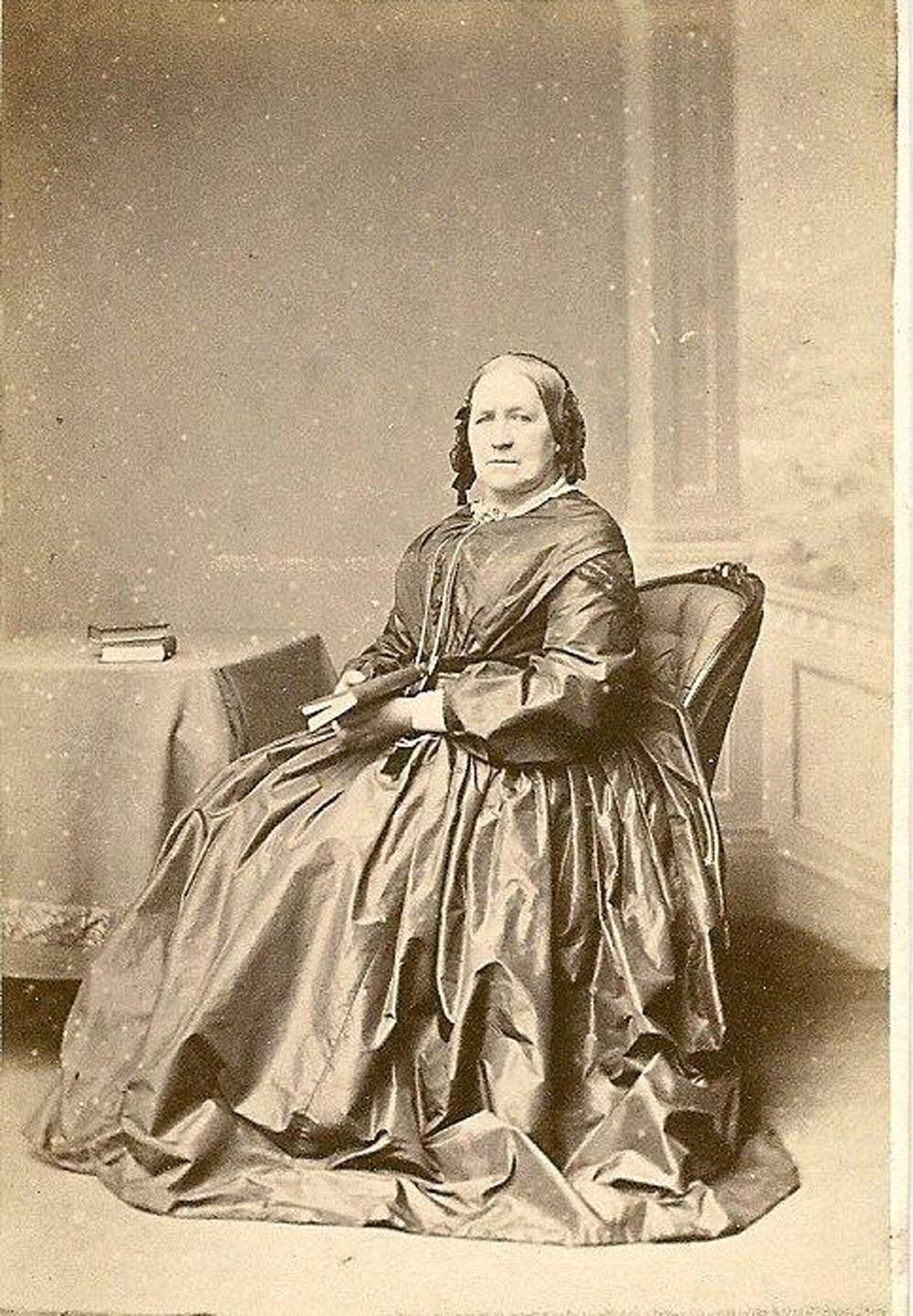 Esther_Bragg_Died_1871